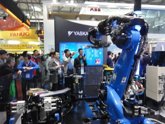 Robots at the automation fair in Shanghai.
